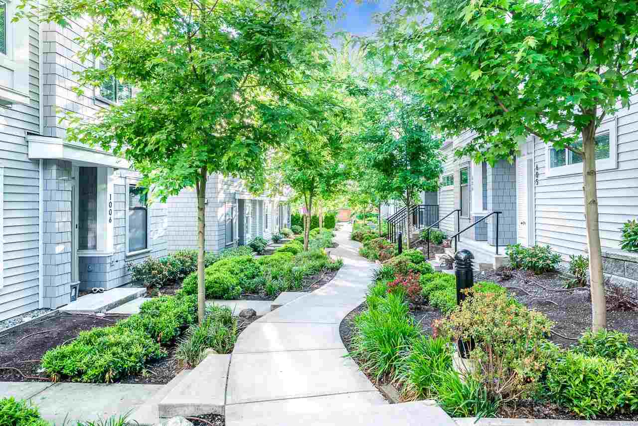 1004 18505 LAURENSEN PLACE - Clayton Townhouse for sale, 2 Bedrooms (R2590544) - #2