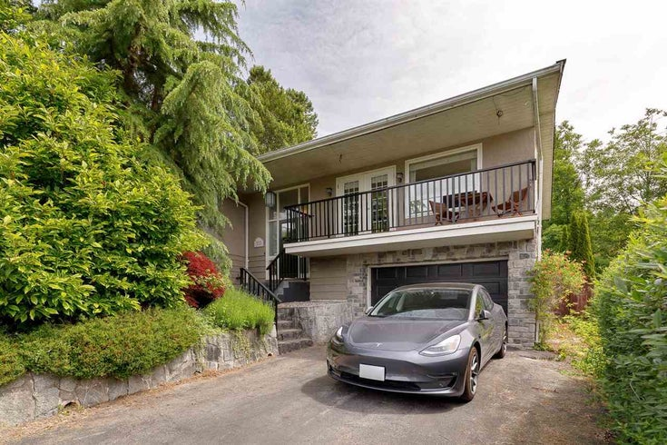 111 JACOBS ROAD - North Shore Pt Moody House/Single Family for sale, 3 Bedrooms (R2590624)