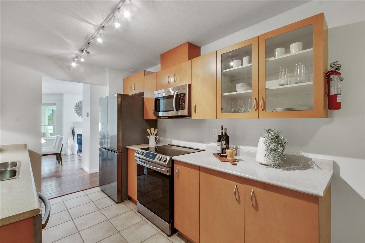 203 108 W ESPLANADE STREET - Lower Lonsdale Apartment/Condo for sale, 2 Bedrooms (R2590651) - #10