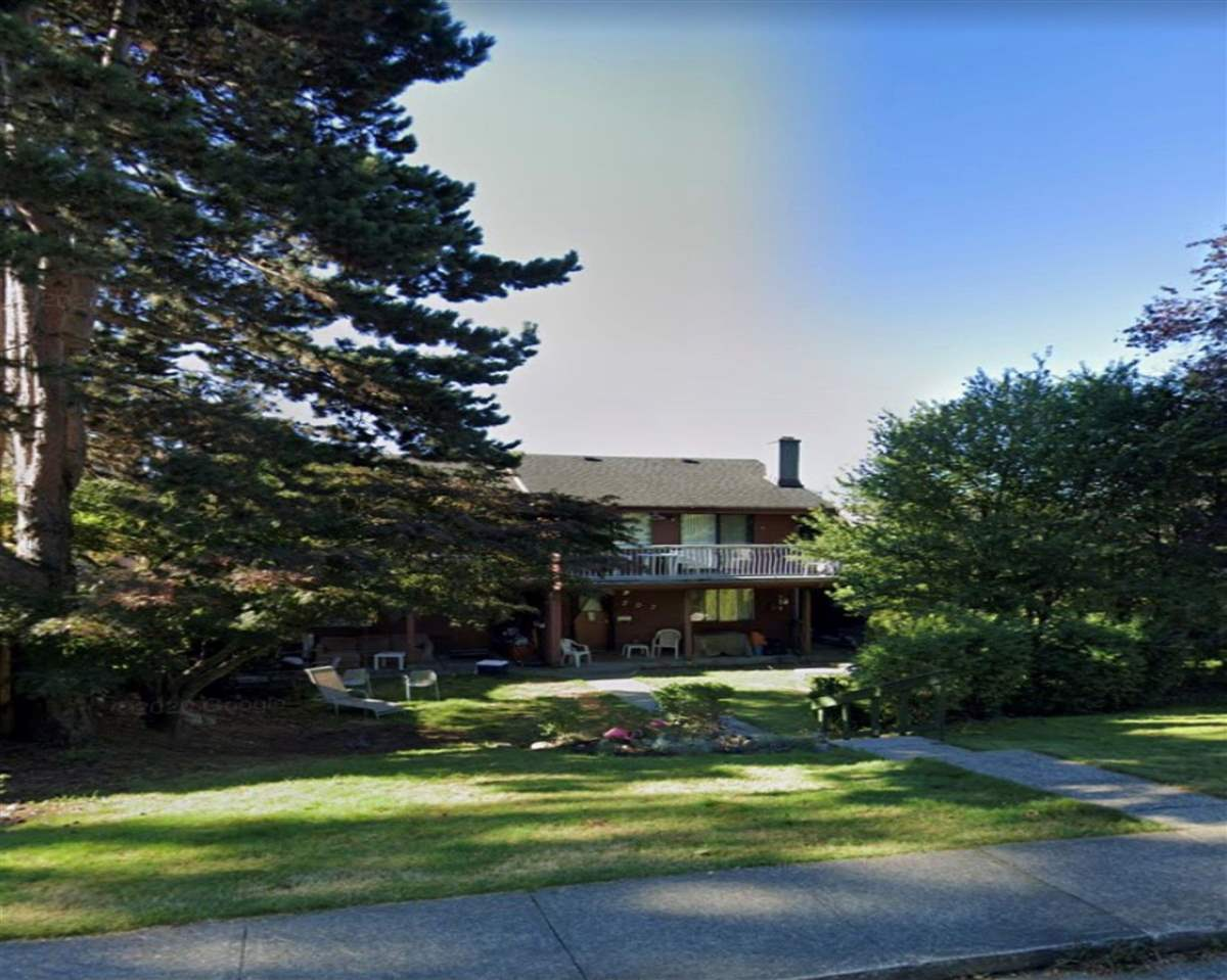 207-209 E 5TH STREET - Lower Lonsdale Duplex for sale, 10 Bedrooms (R2590956) - #1