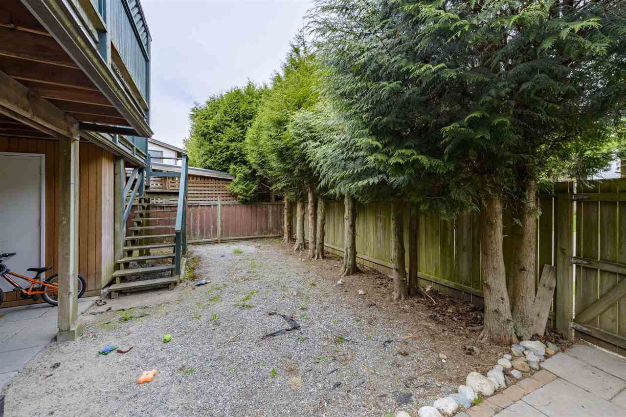 26477 30A AVENUE - Aldergrove Langley House/Single Family for sale, 4 Bedrooms (R2590963) - #24
