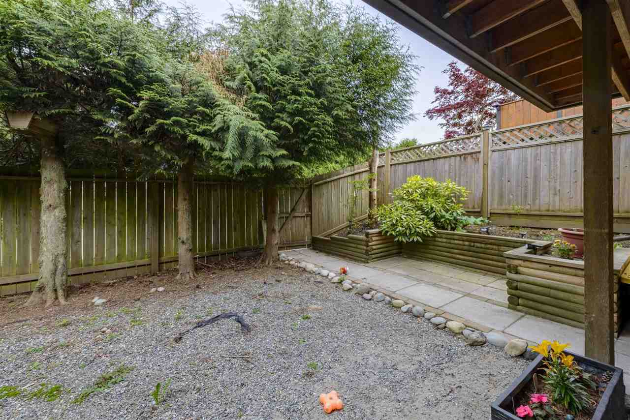 26477 30A AVENUE - Aldergrove Langley House/Single Family for sale, 4 Bedrooms (R2590963) - #25