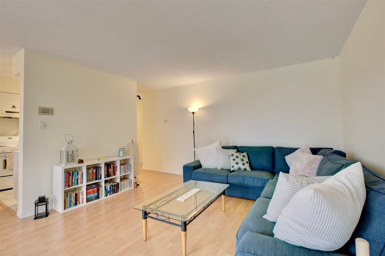304 157 E 21ST STREET - Central Lonsdale Apartment/Condo for sale, 2 Bedrooms (R2591008) - #27