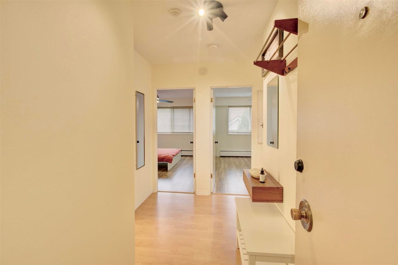 304 157 E 21ST STREET - Central Lonsdale Apartment/Condo for sale, 2 Bedrooms (R2591008) - #5