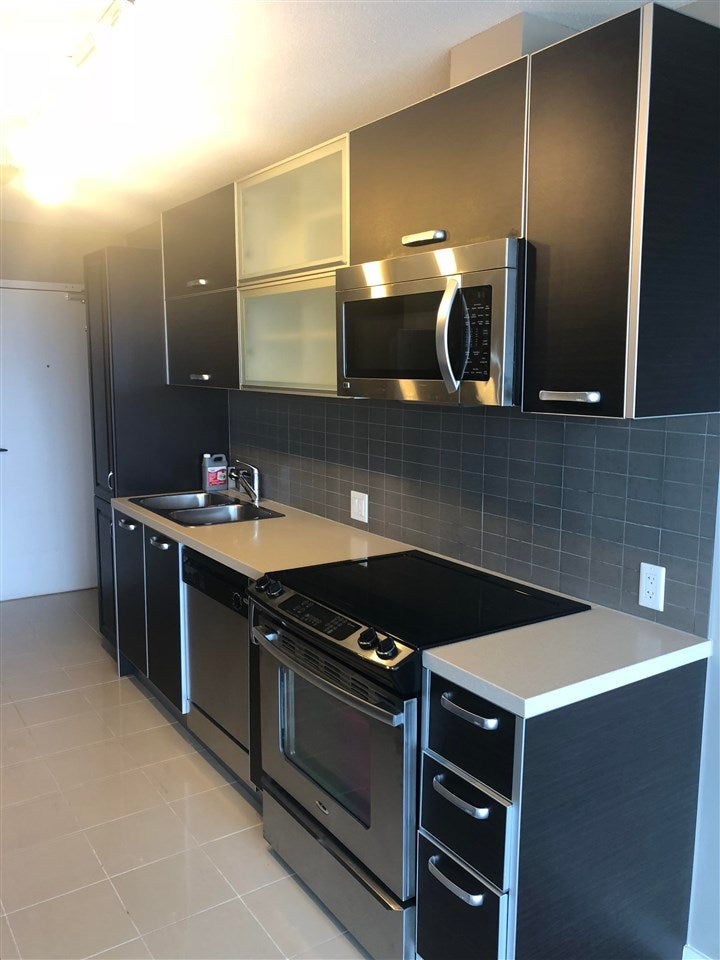 1905 9981 WHALLEY BOULEVARD - Whalley Apartment/Condo for sale, 1 Bedroom (R2591028)