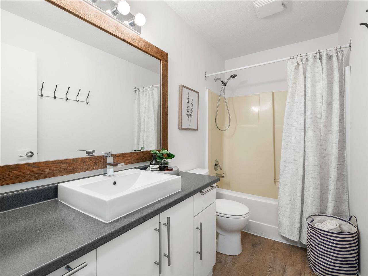 72 2222 BRANDYWINE WAY - Bayshores 1/2 Duplex for sale, 3 Bedrooms (R2591139) - #18