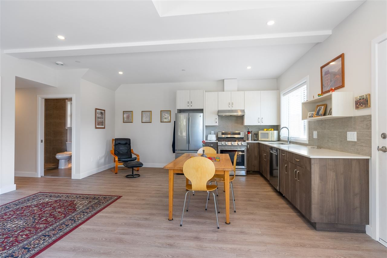 200 E 18TH STREET - Central Lonsdale 1/2 Duplex for sale, 3 Bedrooms (R2591159) - #6
