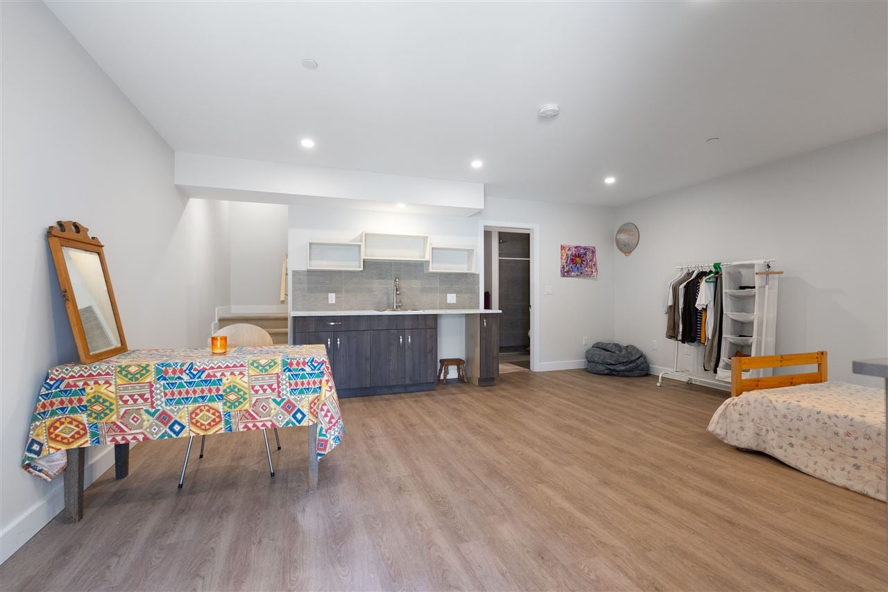 200 E 18TH STREET - Central Lonsdale 1/2 Duplex for sale, 3 Bedrooms (R2591159) - #9