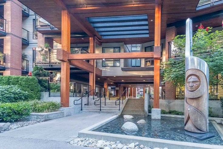 220 723 W 3RD STREET - Harbourside Apartment/Condo for sale, 1 Bedroom (R2591166)