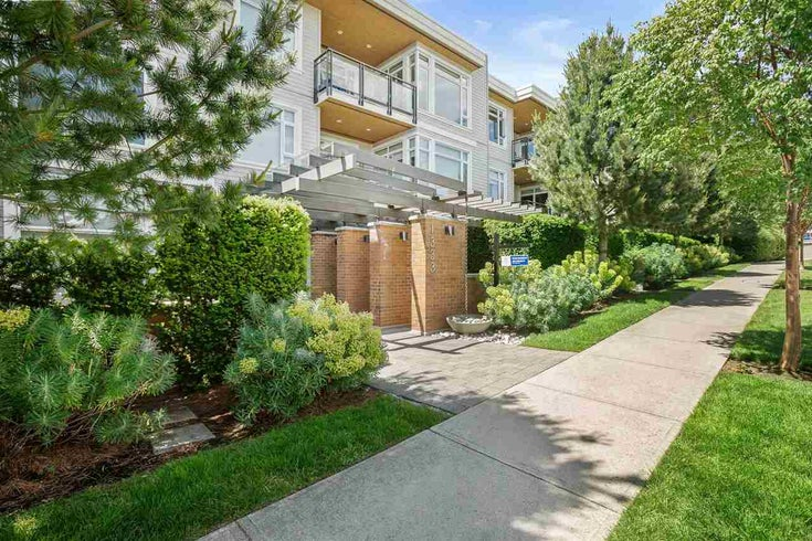205 1333 WINTER STREET - White Rock Apartment/Condo for sale, 2 Bedrooms (R2591275)