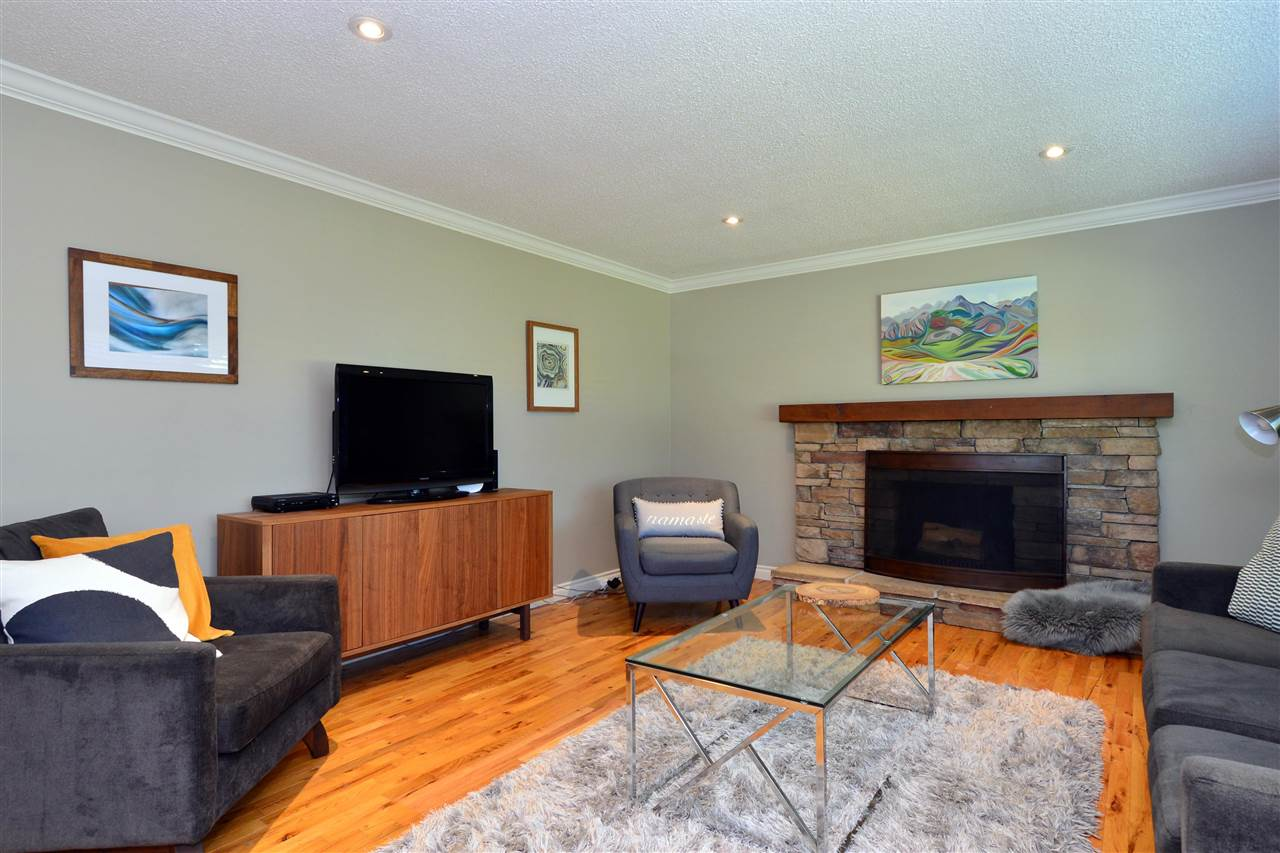 15469 OXENHAM AVENUE - White Rock House/Single Family for sale, 3 Bedrooms (R2591287) - #16
