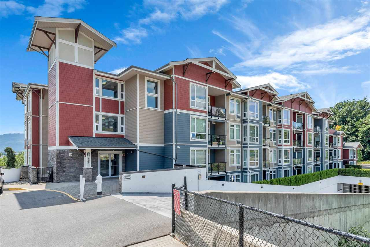 307 2242 WHATCOM ROAD - Abbotsford East Apartment/Condo for sale, 1 Bedroom (R2591290) - #1