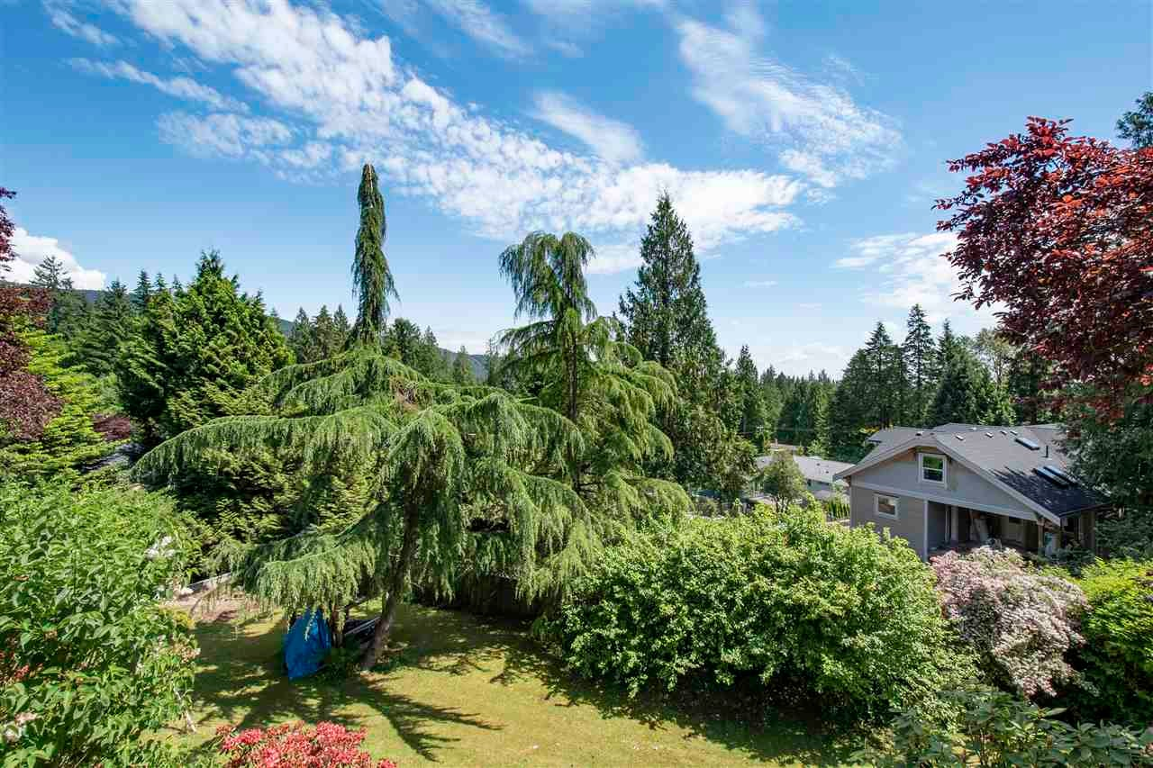 4566 MEADOWBANK CLOSE - Lynn Valley House/Single Family for sale, 4 Bedrooms (R2591312) - #16