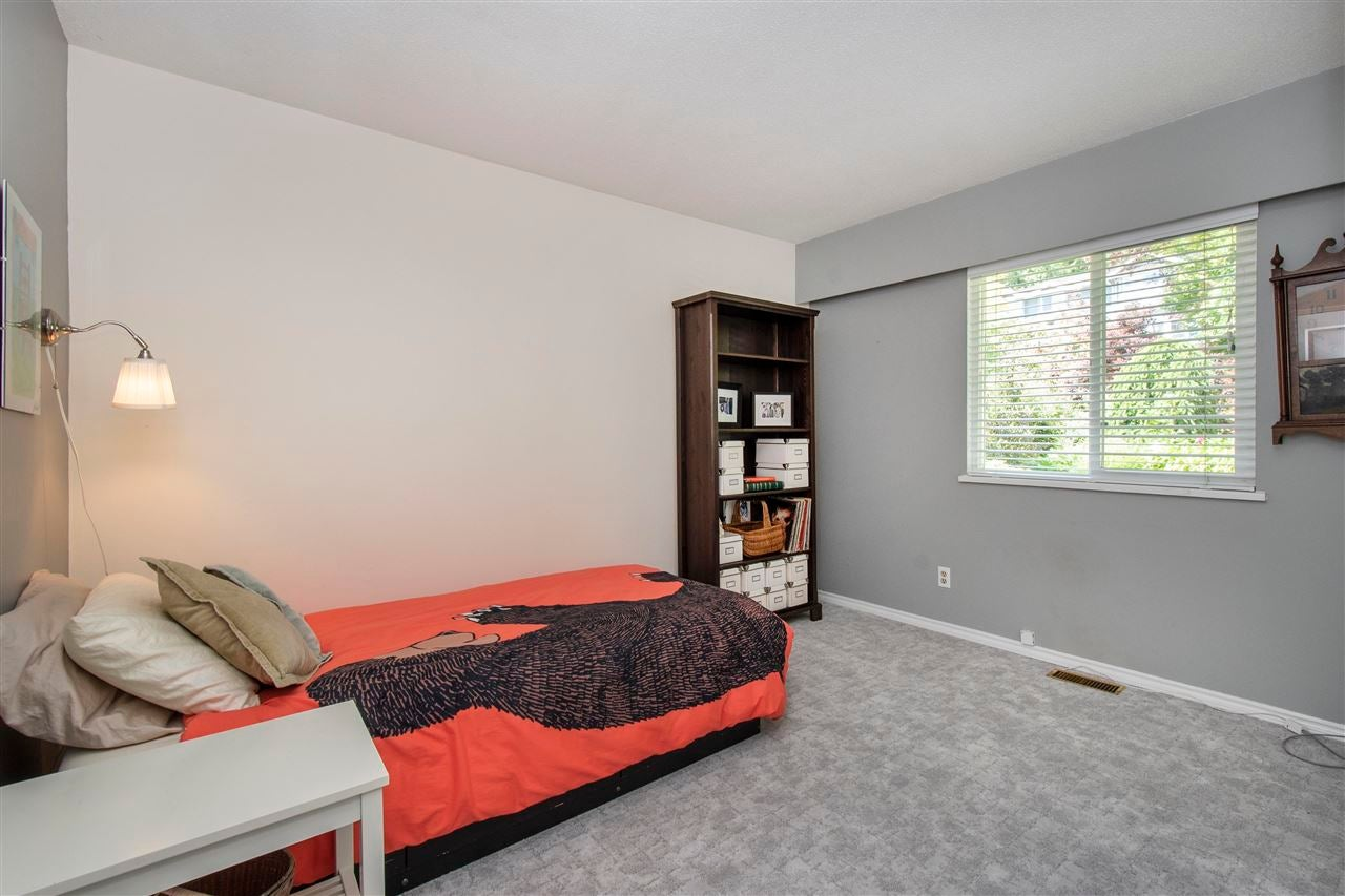 4566 MEADOWBANK CLOSE - Lynn Valley House/Single Family for sale, 4 Bedrooms (R2591312) - #18