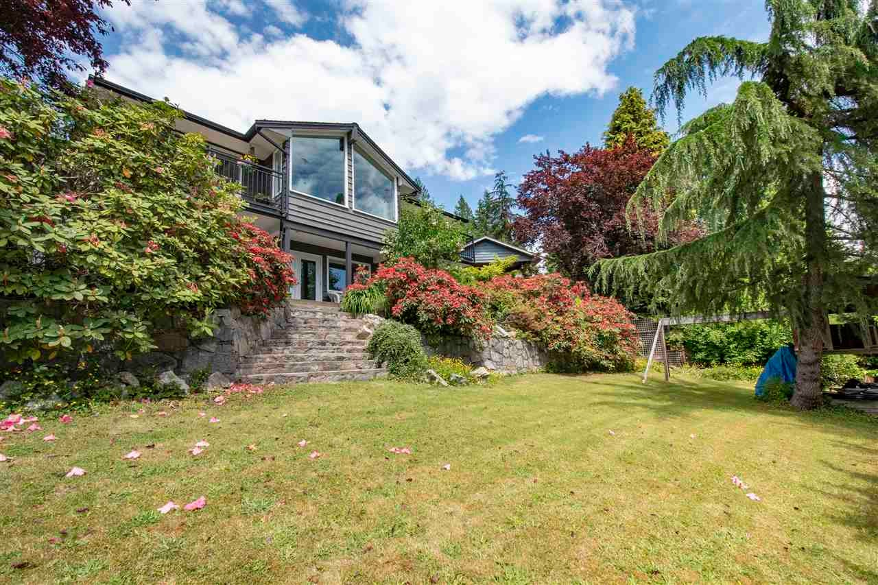 4566 MEADOWBANK CLOSE - Lynn Valley House/Single Family for sale, 4 Bedrooms (R2591312) - #25