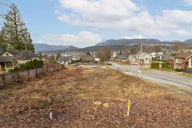 LOT B 2625 HENRY STREET - Port Moody Centre for sale(R2591395)