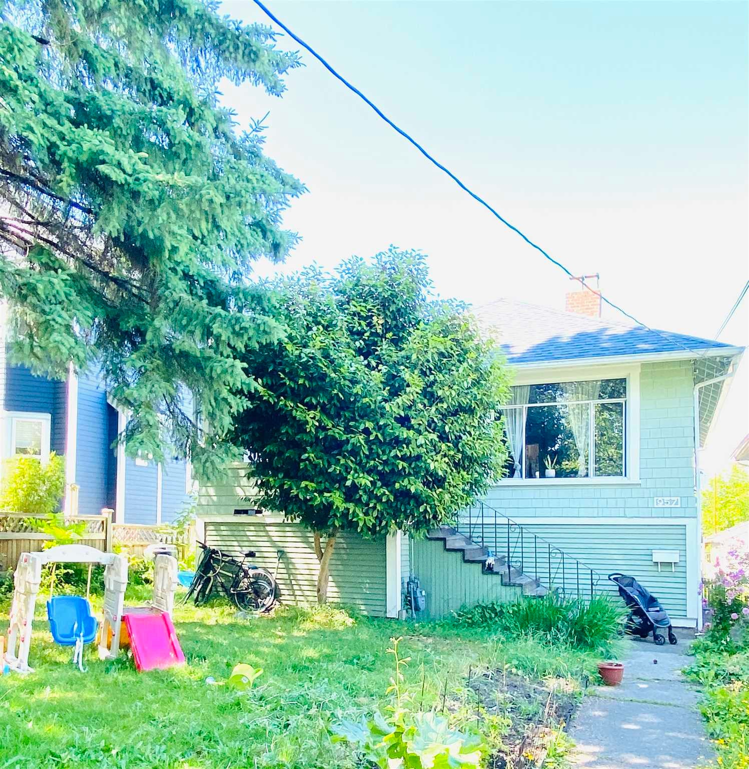 957 E 15TH AVENUE - Mount Pleasant VE House/Single Family for sale, 4 Bedrooms (R2591504) - #1