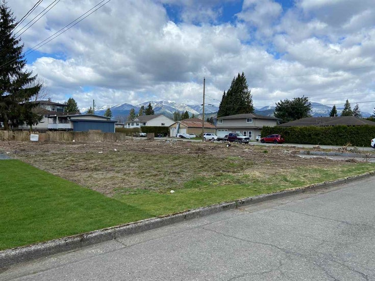 9525 WINDSOR STREET - Chilliwack E Young-Yale for sale(R2591521)