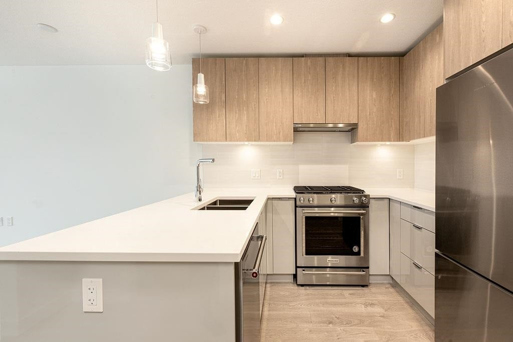 510 108 E 8TH STREET - Central Lonsdale Apartment/Condo for sale, 2 Bedrooms (R2591618) - #3