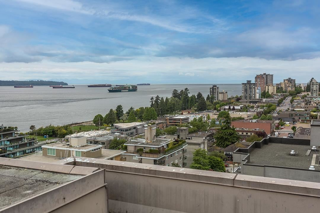 602 555 13TH STREET - Ambleside Apartment/Condo for sale, 2 Bedrooms (R2591650) - #24