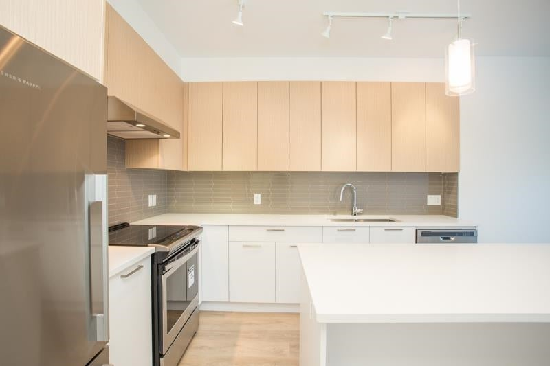 112 7809 209 STREET - Willoughby Heights Apartment/Condo for sale, 1 Bedroom (R2591739) - #2