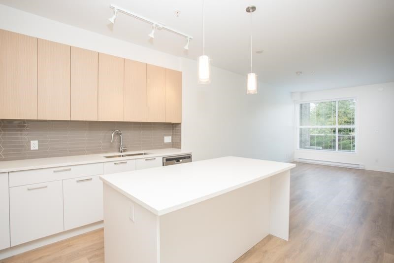 112 7809 209 STREET - Willoughby Heights Apartment/Condo for sale, 1 Bedroom (R2591739) - #3