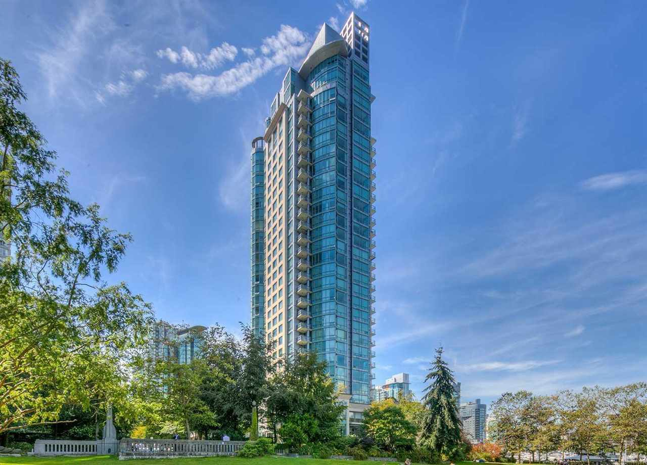 803 323 JERVIS STREET - Coal Harbour Apartment/Condo for sale, 2 Bedrooms (R2591803) - #1