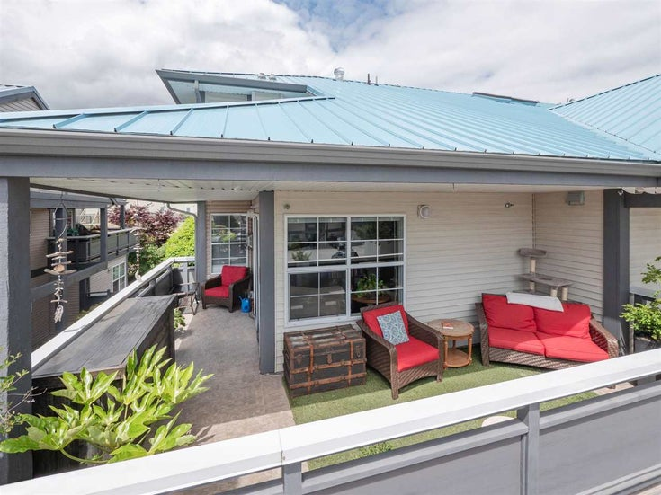 21 689 PARK ROAD - Gibsons & Area Apartment/Condo for sale, 3 Bedrooms (R2591989)