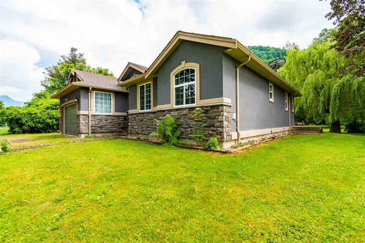 6012 LIMBERT ROAD - Agassiz House with Acreage for sale, 3 Bedrooms (R2592022)