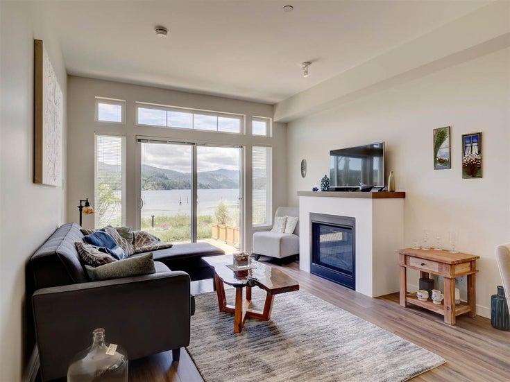 5937 BEACHGATE LANE - Sechelt District Townhouse for sale, 3 Bedrooms (R2592039)