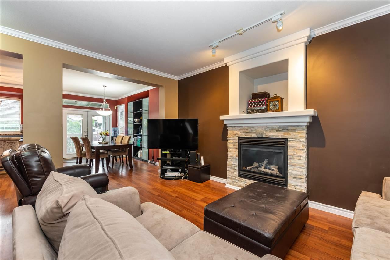 6754 184 STREET - Clayton 1/2 Duplex for sale, 3 Bedrooms (R2592144) - #3