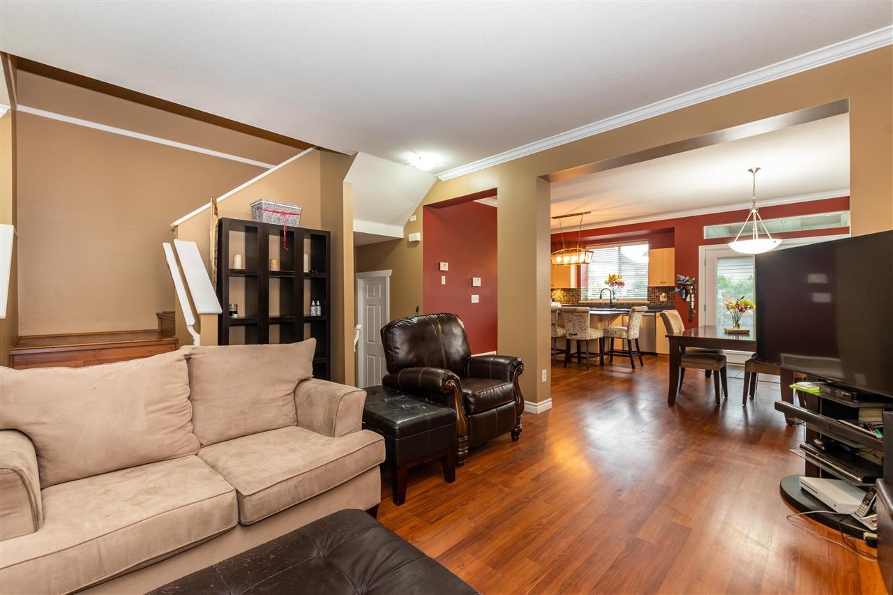 6754 184 STREET - Clayton 1/2 Duplex for sale, 3 Bedrooms (R2592144) - #6