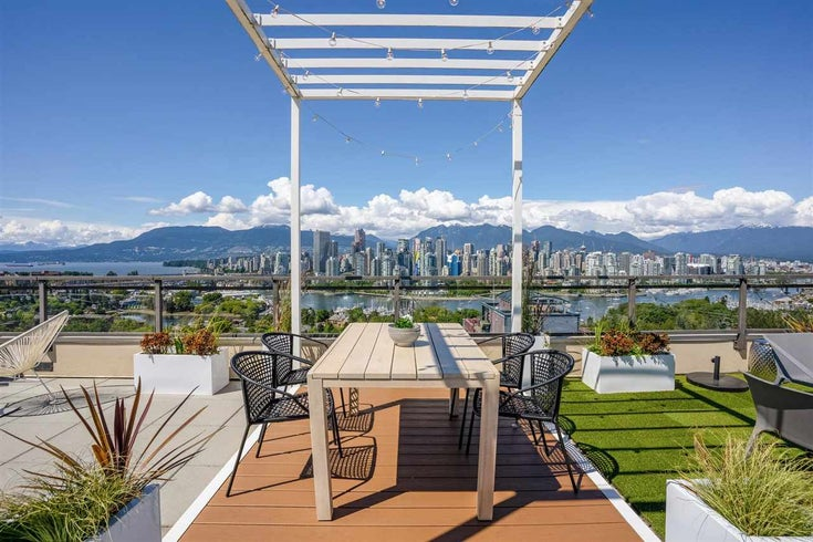 PH3 1068 W BROADWAY - Fairview VW Apartment/Condo for sale, 2 Bedrooms (R2592466)