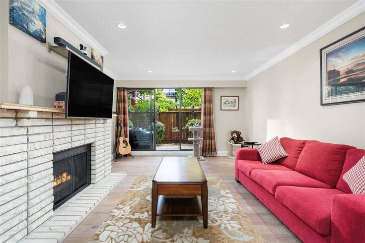 101 141 E 18TH STREET - Central Lonsdale Apartment/Condo for sale, 2 Bedrooms (R2592544)