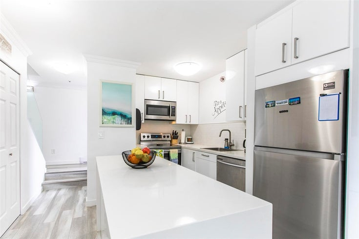 6 3200 WESTWOOD STREET - Central Pt Coquitlam Apartment/Condo for sale, 2 Bedrooms (R2592662)