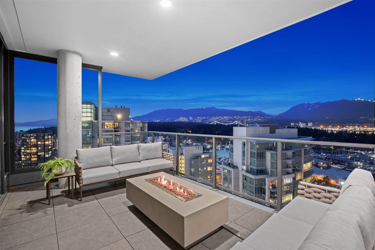 2501 620 CARDERO STREET - Coal Harbour Apartment/Condo for sale, 4 Bedrooms (R2592856)