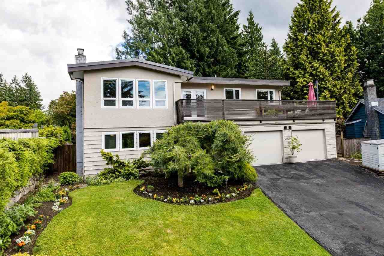 3820 LAWRENCE PLACE - Lynn Valley House/Single Family for sale, 4 Bedrooms (R2592943)