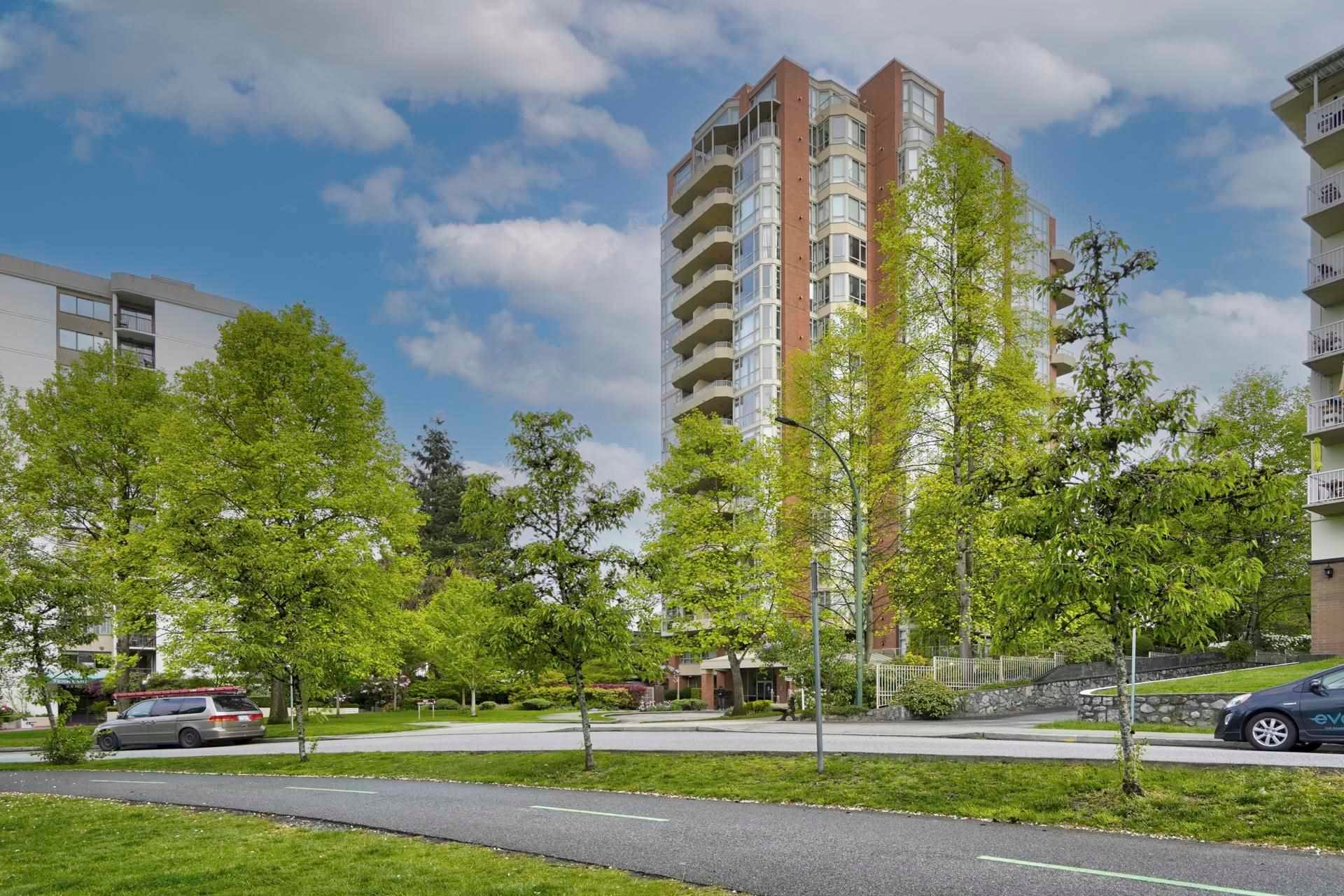 401 160 W KEITH ROAD - Central Lonsdale Apartment/Condo for sale, 2 Bedrooms (R2593294)