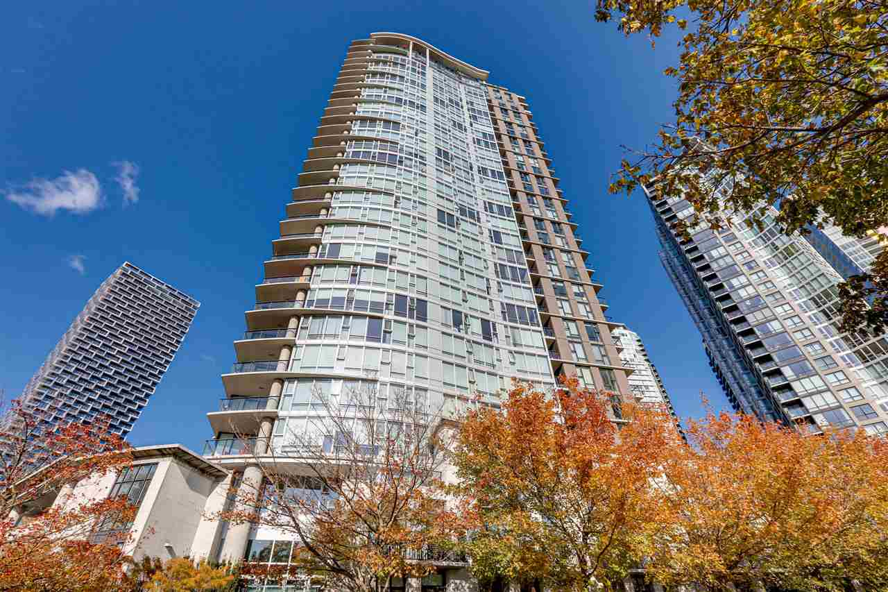 3002 583 BEACH CRESCENT - Yaletown Apartment/Condo for sale, 2 Bedrooms (R2593385) - #1