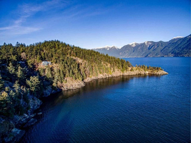 335 ROBINSON ROAD - Bowen Island House with Acreage for sale, 5 Bedrooms (R2593690)