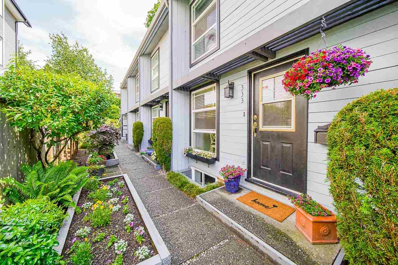 333 E 3RD STREET - Lower Lonsdale Townhouse for sale, 3 Bedrooms (R2593724) - #1