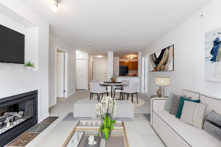 404 183 W 23RD STREET - Central Lonsdale Apartment/Condo for sale, 2 Bedrooms (R2593943)