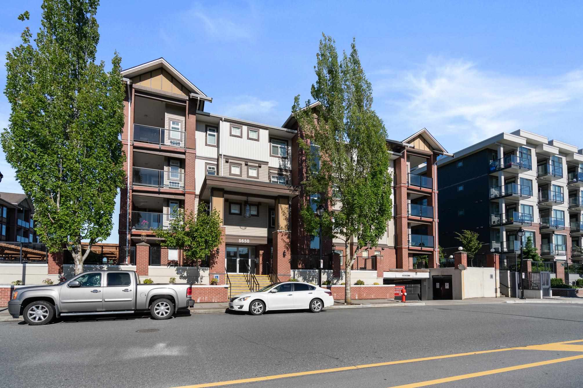 117 5650 201A STREET - Langley City Apartment/Condo for sale, 2 Bedrooms (R2594103) - #1
