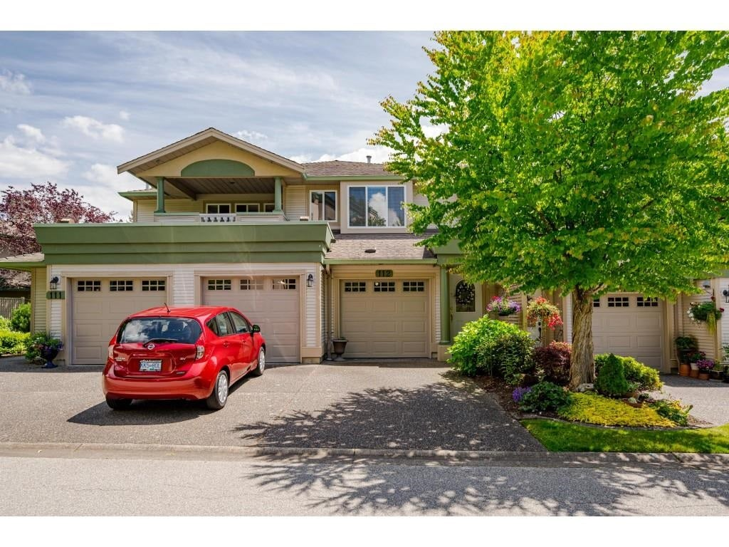 112 13888 70 AVENUE - East Newton Townhouse for sale, 2 Bedrooms (R2594142)