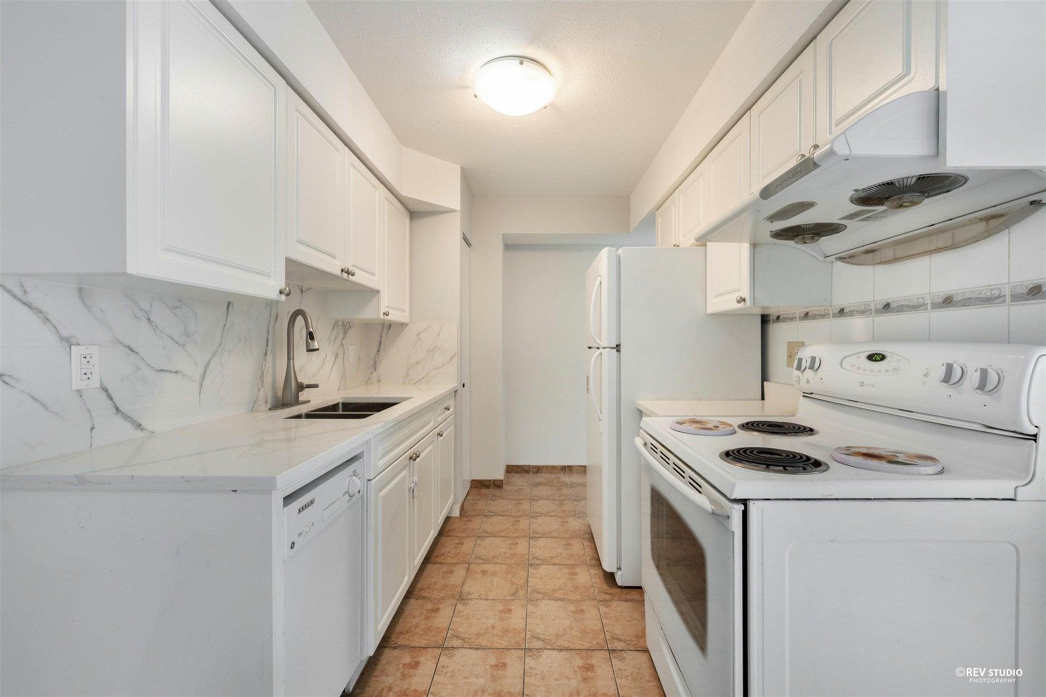 44 3425 E 49TH AVENUE - Killarney VE Townhouse for sale, 3 Bedrooms (R2594254) - #1