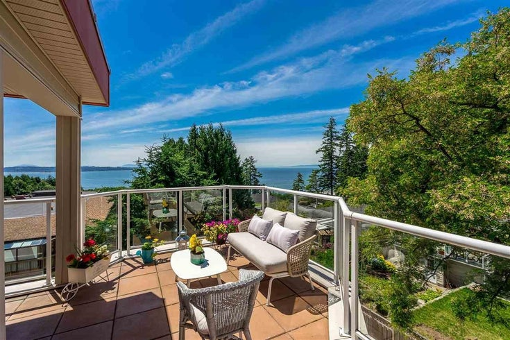 301 14934 THRIFT AVENUE - White Rock Apartment/Condo for sale, 3 Bedrooms (R2594446)