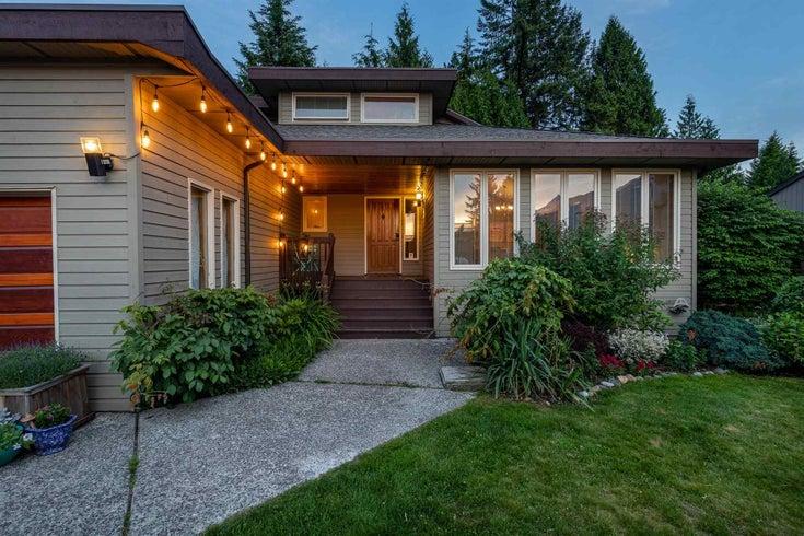 40190 KINTYRE DRIVE - Garibaldi Highlands House/Single Family for sale, 5 Bedrooms (R2594469)