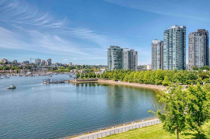 705 1383 MARINASIDE CRESCENT - Yaletown Apartment/Condo for sale, 1 Bedroom (R2594508)