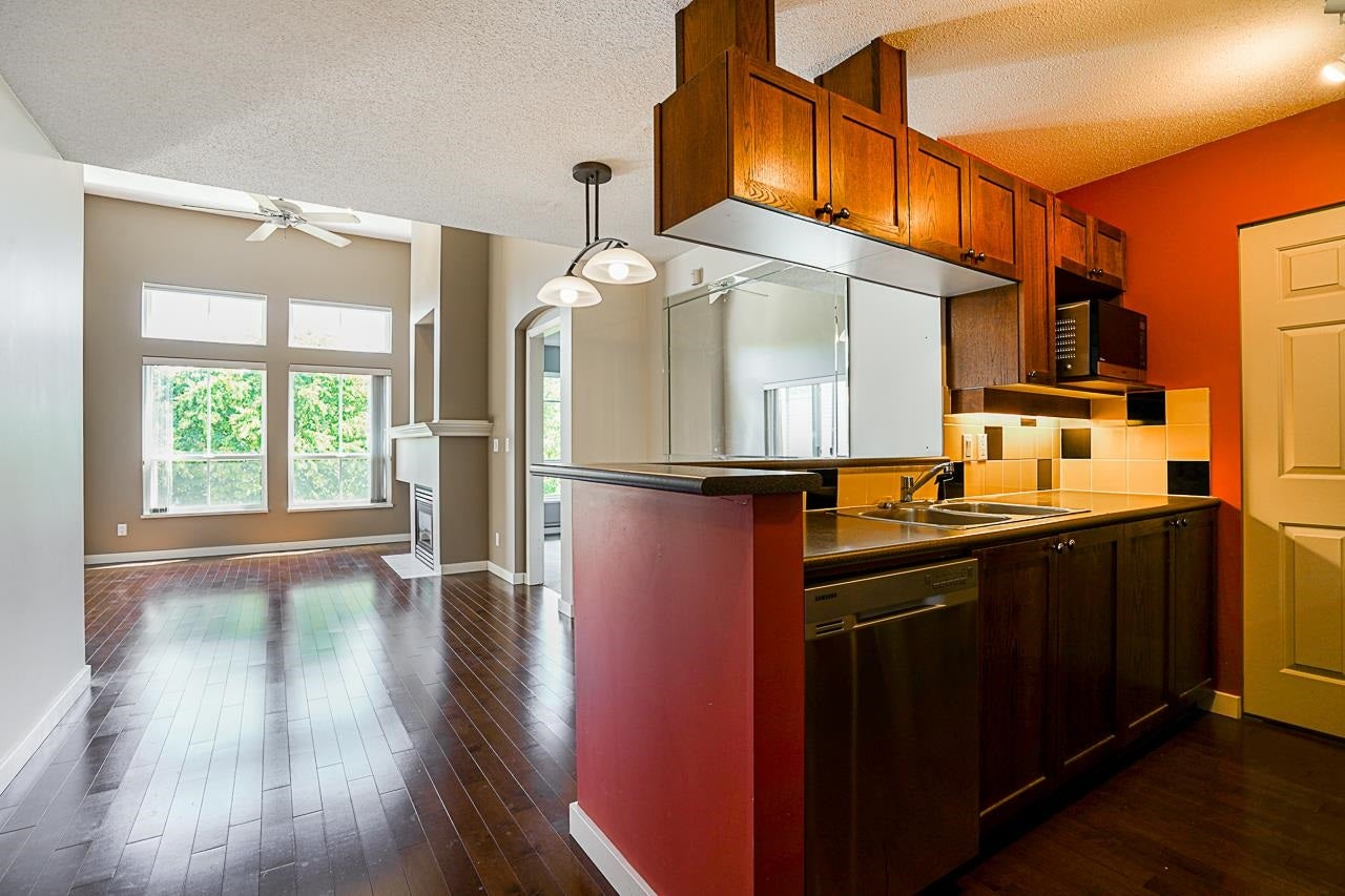 426 5600 ANDREWS ROAD - Steveston South Apartment/Condo for sale, 2 Bedrooms (R2594575)