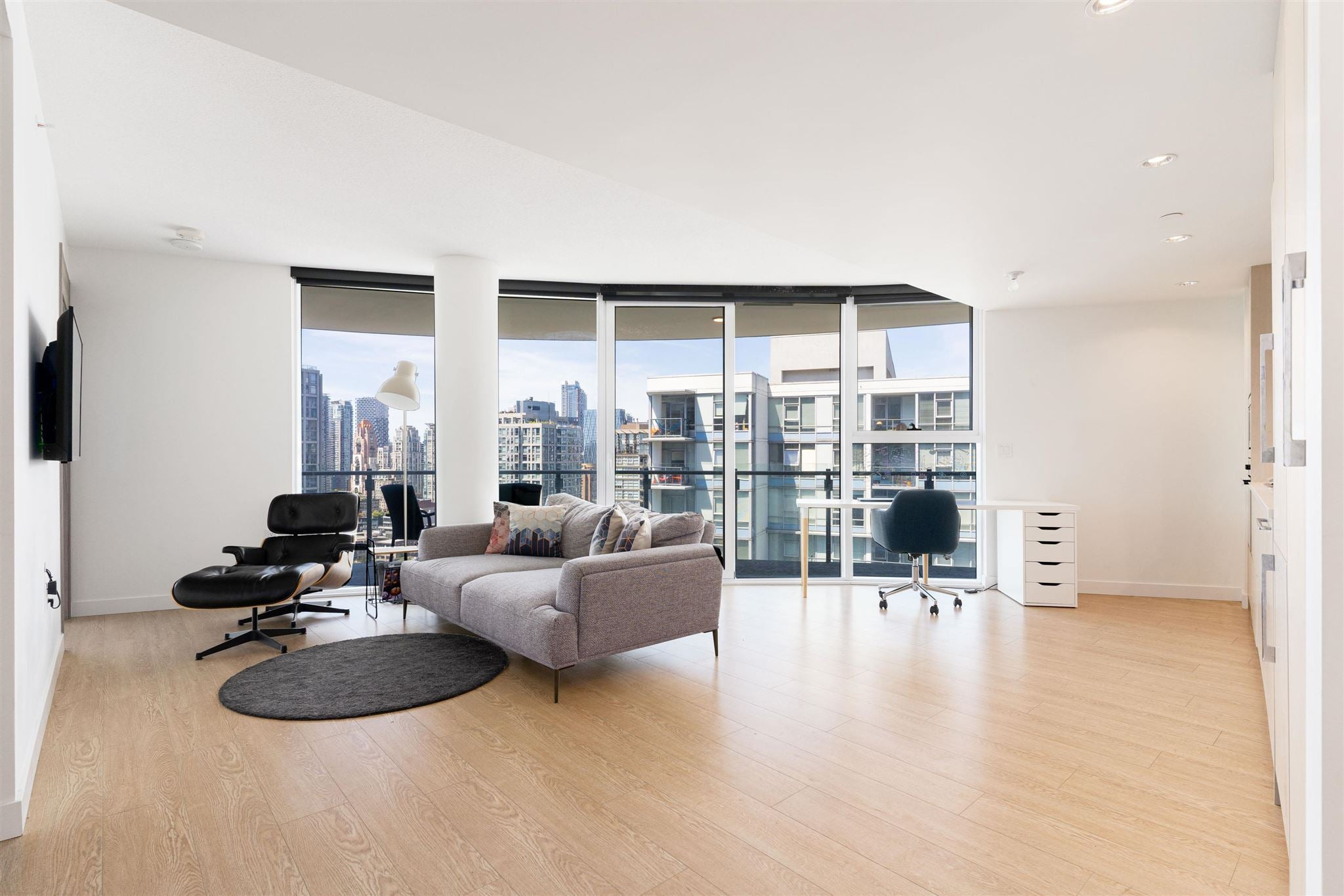 2405 89 NELSON STREET - Yaletown Apartment/Condo for sale, 1 Bedroom (R2594695)